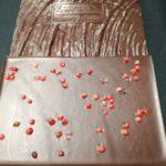 detalle tableta de chocolate a la pimienta